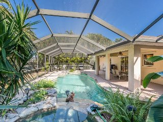 3BR w/ Private Heated Pool & Spa in Cape Coral, near Tarpon Point