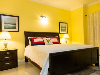 Jamaica Vacation Rentals - Suits Us At Kings Manor