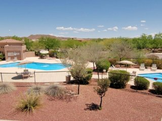 Dog-friendly condo offers shared pool,  hot tub, golf course, & more!