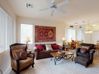Condo w/ shared pool, hot tub, & on-site golf at the Golf Club at Vistoso!
