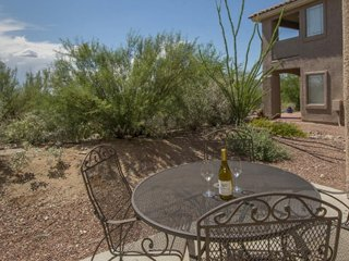 Dog-friendly condo offers a shared pool and hot tub, golf course views!