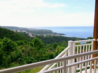Cote Caraibes : Gite Soleil avec vue spectaculaire entre mer et foret tropicale