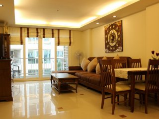 2 Bedroom City Garden Pattaya near Beach
