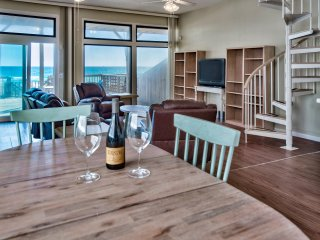The Sand Bar - Beautiful Beachfront Home with Private Pool !!!