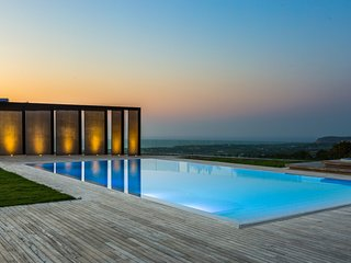 Magnificent sea view villa with heated pool & sauna - 'disCRETE VILLA Amnatos'