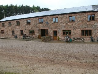 EDEN VIEW, wi-fi, parking, countryside. Ref: 972527