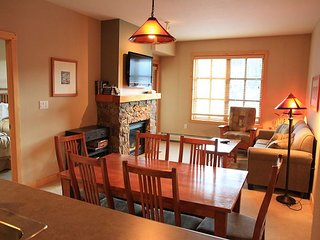 Two Bedroom Condo in Copper with Garage Parking and Walk to Slopes