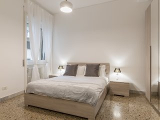 Modern and bright flat 15min from Trastevere
