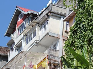 HIMSHIKHA HOMESTAY, vacation rental in Darjeeling