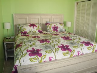Brand New King Bed with top of the line Stearns and Foster mattress