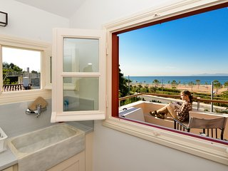 Beach apartment Panoramic Sea & Sunset view
