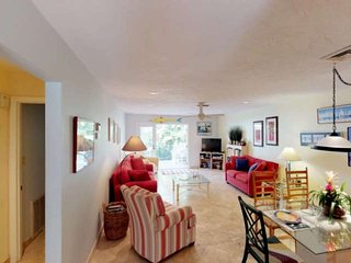Longboat Key spacious newly remodeled bungalow, a few minutes walk to a private