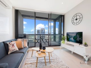 River View 2Bed APT+FREE CAR SPACE Mins to Mel CBD