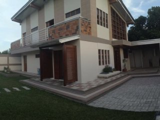 Bagasbas House 5-10 minutes walk to beach