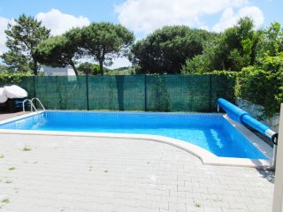 MARC PL - Modern 4 bedroom villa - 8 PAX with private heated saltwater pool