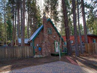 2 Bedrooms Home in South Lake Tahoe 0648