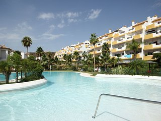 2044 - 2 bed apartment, Calanova Gran Golf, La Cala de Mijas