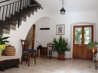Casa tipica sarda, centro storico di Paulilatino (OR), pochi passi dalla SS131