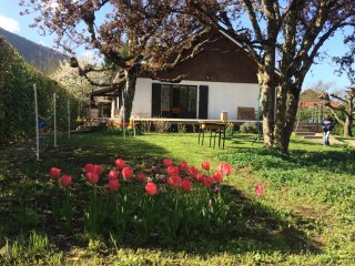 SEVRIER, Plain pied, Spacieuse Villa, jardin, 8pers.