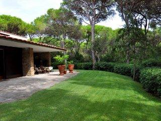 Villa Bria - Pine forest of Roccamare