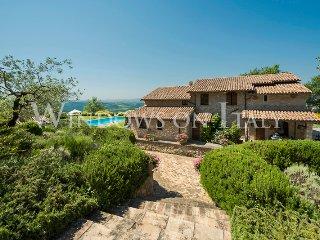Villa i Grifoni - Near Todi (Umbria region)