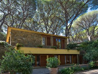 Villa Chris - Pine forest of Roccamare