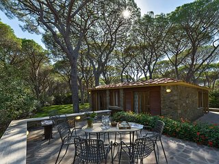 Villa Chris - Pine forest of Roccamare