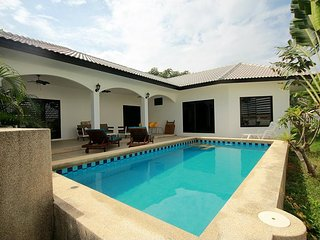 Villas for rent in Khao Tao: V6363