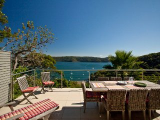 Pittwater Paradise - Whale Beach