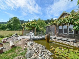Paris Cottage -  a Romantic Honeymoon Cottage with Water Views & Hot Tub