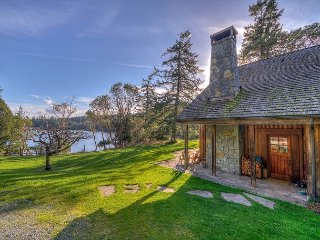 The Lodge at Westsound - Beautiful Lodge-Style Home on Large Waterfront Estate