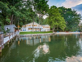 NEW! Luxurious 6BR Waterfront Home on Lake Norman!
