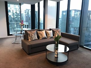 Melbourne Short Stay Southbank Platinum Tower Sea view Apartment 2510