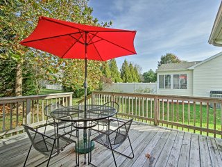 NEW! 3BR Home w/Deck near Rehoboth Beach & Lewes!
