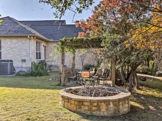 NEW! 1BR Kerrville Cottage w/Chapel on 6 Acres!