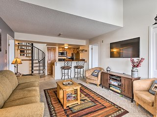 Ski-in/Ski-Out Granby Condo w/ Pool!