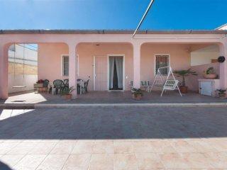 828 Small villa by the sea of the Ugento coast