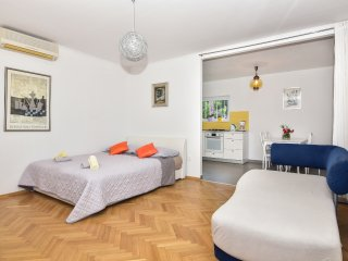 Family Apartment 4+2 Brela