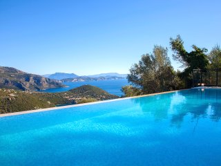 Brand New Three Bedroom Villa in Sivota