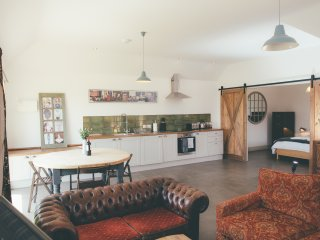 Beautiful Cambridgeshire Barns Sleeps 24+