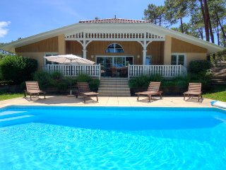 4 bedroom Villa in Lacanau-Océan, Nouvelle-Aquitaine, France : ref 5333395