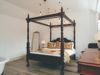 Beautiful Cambridgeshire Barns sleeps 4+