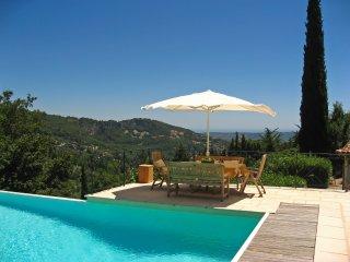5 bedroom Villa in Cabris, Provence-Alpes-Côte d'Azur, France : ref 5238547