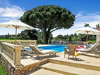 4 bedroom Villa in Beauvallon, Provence-Alpes-Cote d'Azur, France : ref 5238341