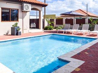 Cas di Soño Bon Bini Unit 113 - 2 bedroom 1.5 bath duplex Home