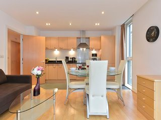 2 bedroom Apartment in City of London, England, United Kingdom : ref 5081379
