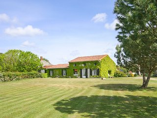 3 bedroom Villa in Vendays-Montalivet, Nouvelle-Aquitaine, France : ref 5049716