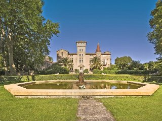 10 bedroom Chateau in Montagnac, Occitania, France : ref 5049500