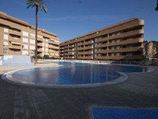 V28. Piso 3 habitaciones - Urb. Puerto Romano