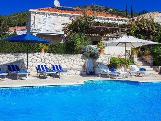 3 bedroom Villa in Orašac, Dubrovačko-Neretvanska Županija, Croatia : ref 504024